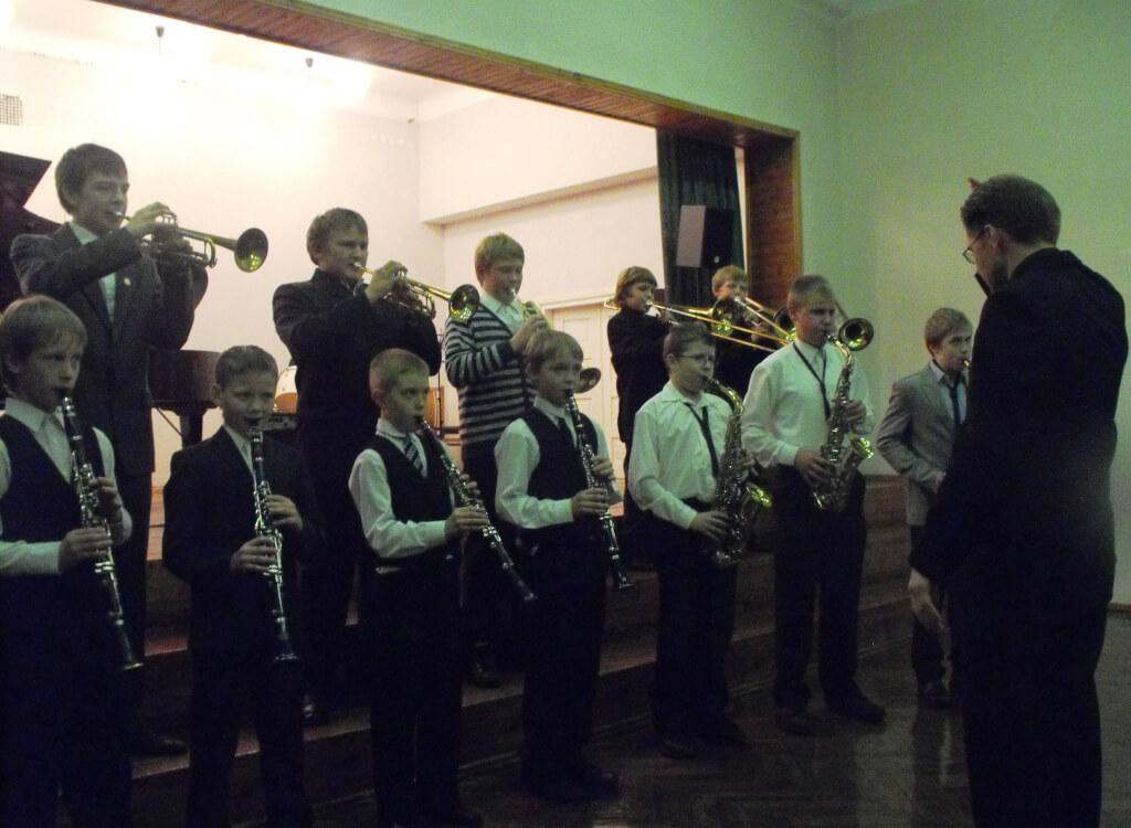 Mažeikių muzikos mokyklos jaunučių pučiamųjų instrumentų orkestras