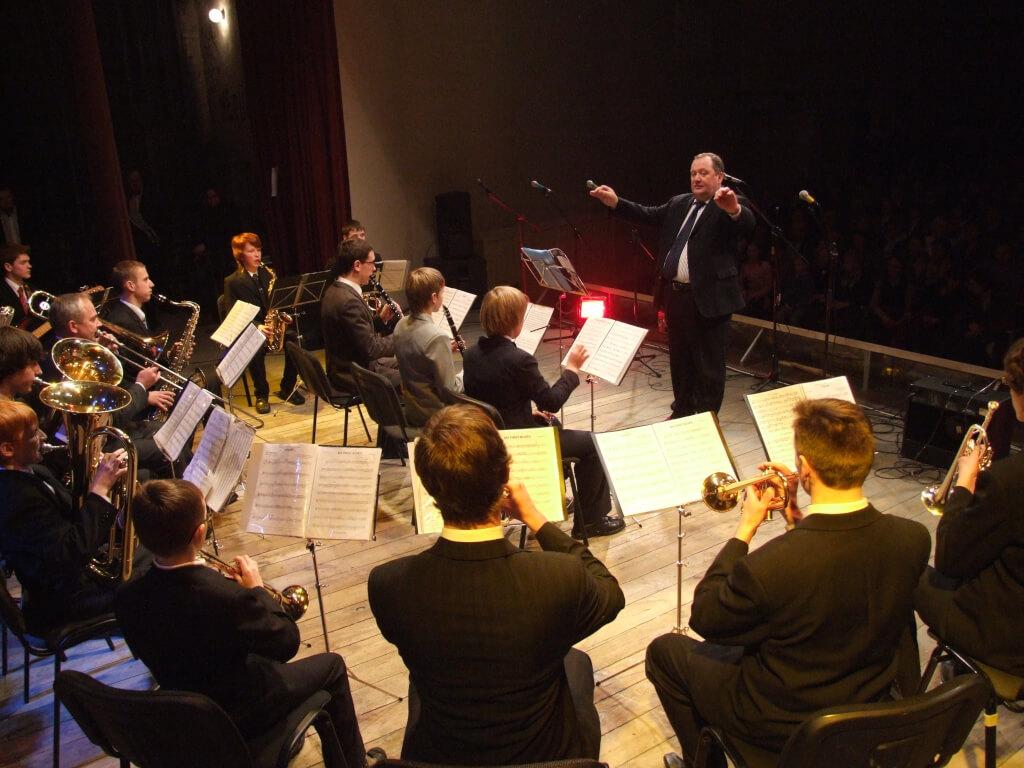Molėtų meno mokyklos pučiamųjų instrumentų orkestras