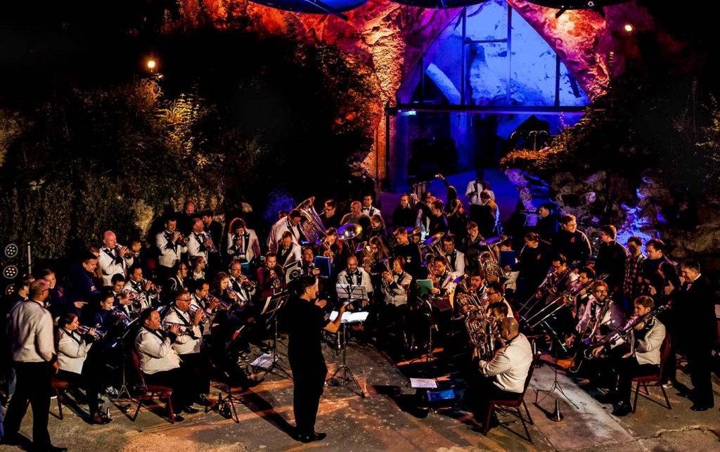 Open Lucht Theater Valkenburg National Band of New Zealand met Maori dansgroep Kapa Hara Jos Göritzer 33